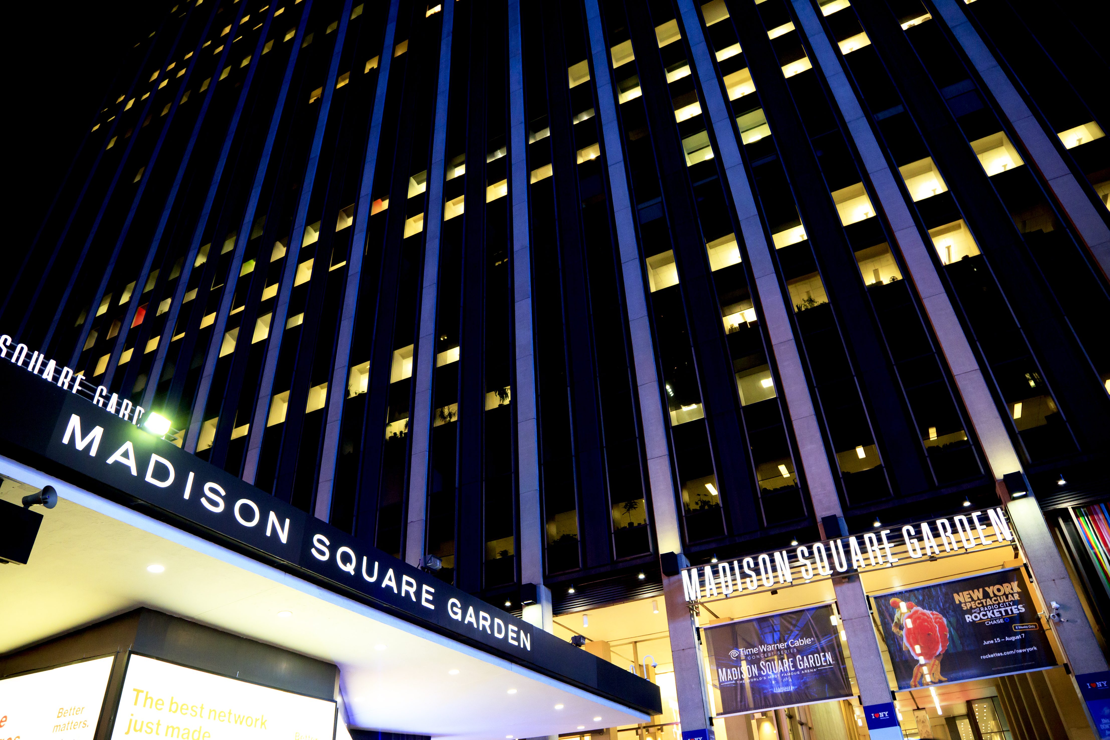 Ap Source Oakley S Ban From Madison Square Garden Lifted