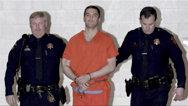 crimes of scott peterson For murdering his pregnant wife and unborn son, scott peterson became one of the most reviled husbands in the annals of crime by denise noe laci peterson is missing on christmas eve, 2002, scott peterson called police to report that his 27-year-old wife, laci peterson, was missing from their one-story, ranch-style modesto, california home.